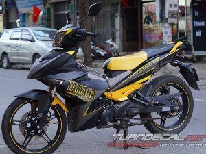 Tem Trùm Exciter 150 Yamaha Vàng Đen